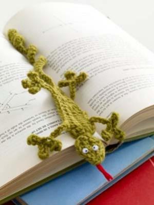 Marque-page lézard en crochet